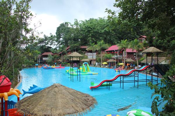 泳池3.jpg