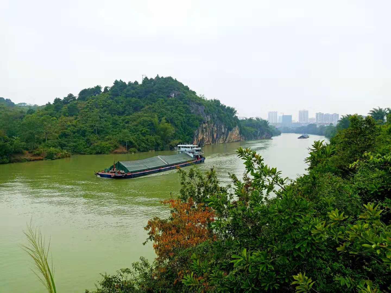 右江峡谷.jpg
